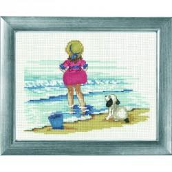 Permin | kit  Fillette à la plage  Permin  12-2153 | Broderie du monde