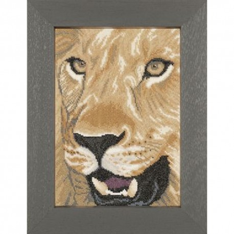 Lion Close up  0008323 Lanarte  Broderie  Point de croix compté  Aida