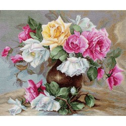 Kit point de croix  Vase avec roses B587  Luca-S