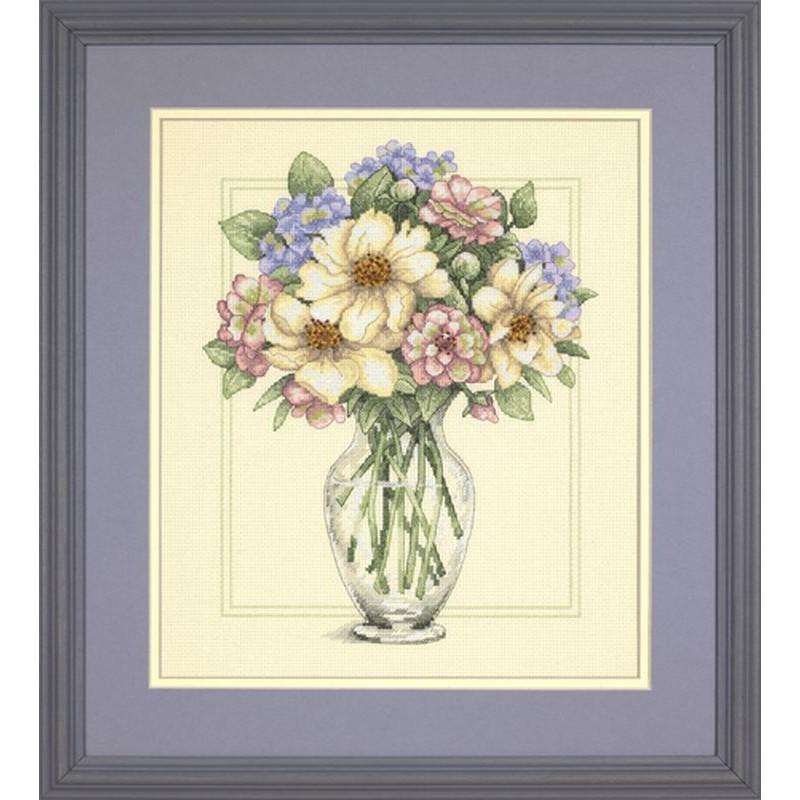 Dimensions kit point de croix compté Fleurs dans un grand vase