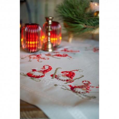 Kit de nappe à broder  Gnomes de Noël en ski 0172852  Vervaco