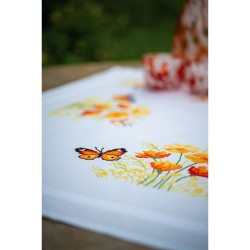 Kit de nappe à broder  Fleurs orange et papillons 0187348  Vervaco