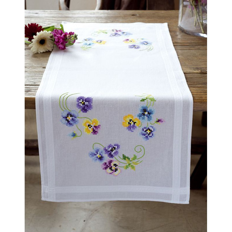 vervaco kit chemin de table bord incrust les plus. Black Bedroom Furniture Sets. Home Design Ideas