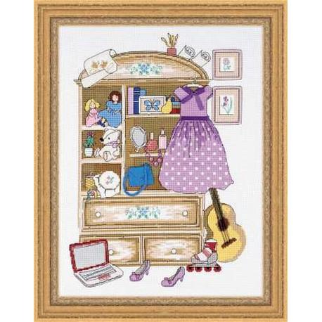 Riolis  kit Girl's Locker   Riolis  1373   Broderie du monde