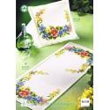 Permin  Chemin  de  table  Motif  Floral  68-2129
