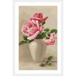 Luca-S  Roses  roses  dans  un  vase  B 507  kit  broderie  point  de  croix  compté