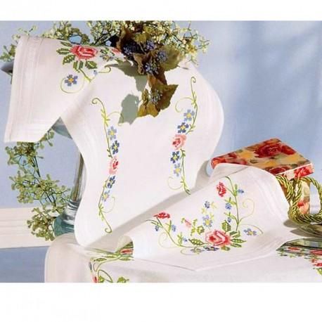 vervaco chemin de table broder roses 0013224. Black Bedroom Furniture Sets. Home Design Ideas