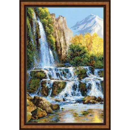 Riolis  kit Landscape with Waterfall   Riolis 1194   Broderie du monde