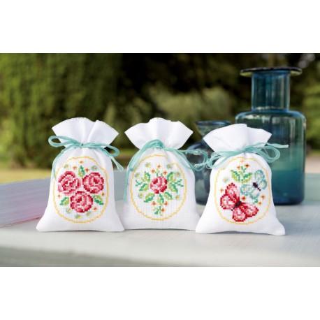 3  Sachets  senteur  roses  et  papillons  0154610  Vervaco  5413480438211