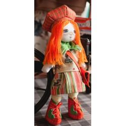 Traveler  girl  K1013  Kukla nova