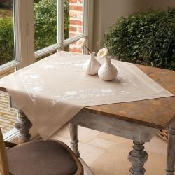 Vervaco | kit  Nappe imprimée   Les oiseaux blancs | Vervaco  0013116 | Broderie du monde